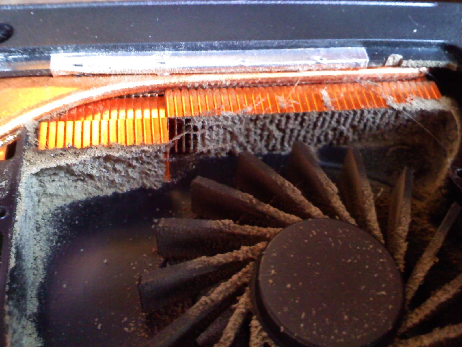 Что делать если ноутбук сильно нагревается, тормозит, шумит?