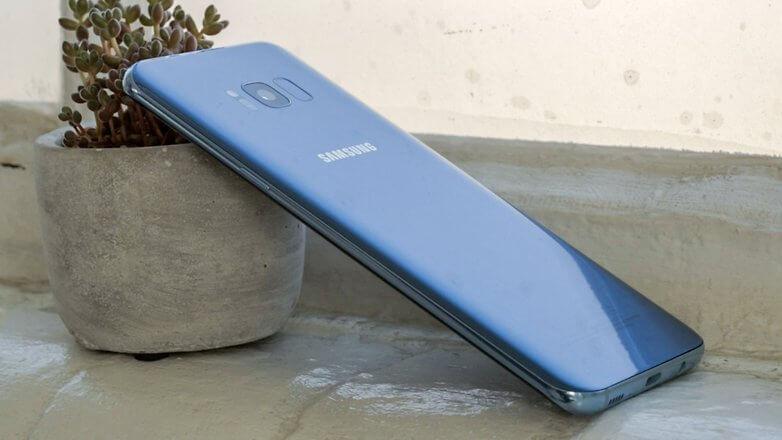 Чем отличается Galaxy S8 от iPhone 7?